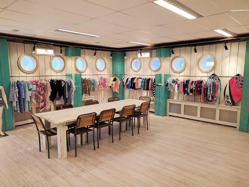 Showroom UV-Fashions